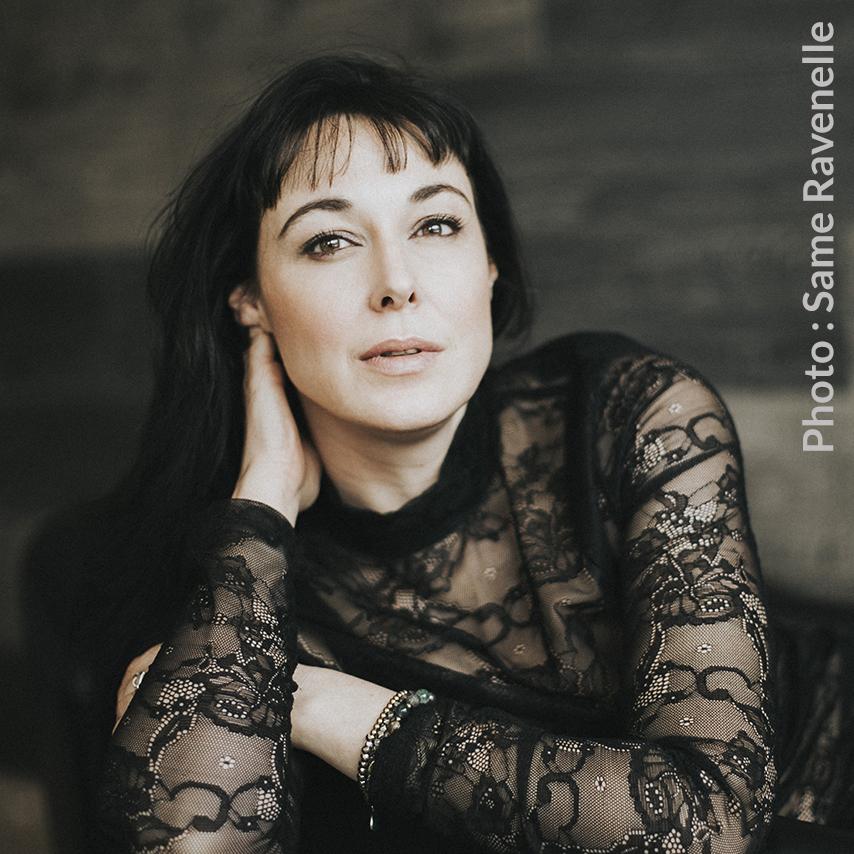 Claudia Larochelle