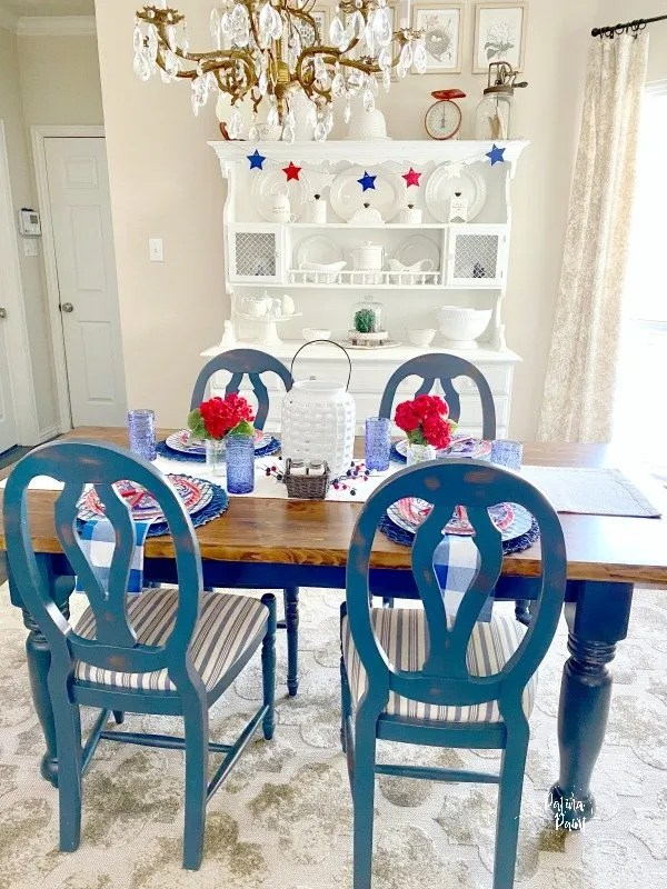 table and chairs, memorial day decor
