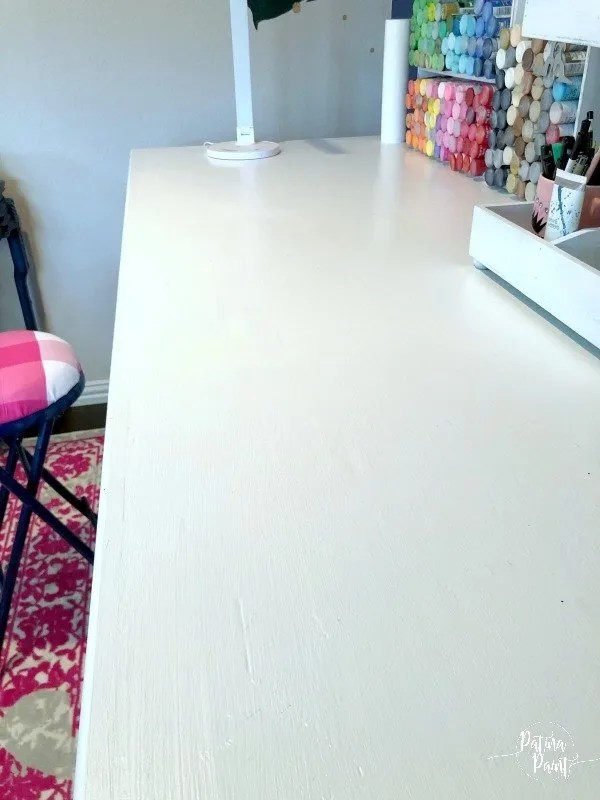 white workstation