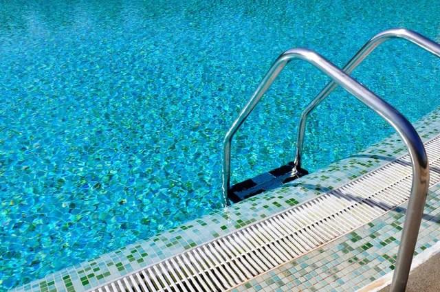 pool tile repairs pool leaks st pete fl