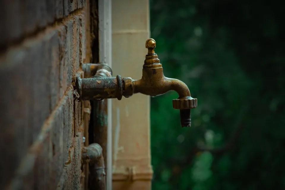 my outside faucet leaks