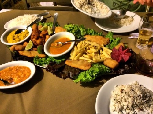 Roteiro de onde comer nas praias de santa catarina