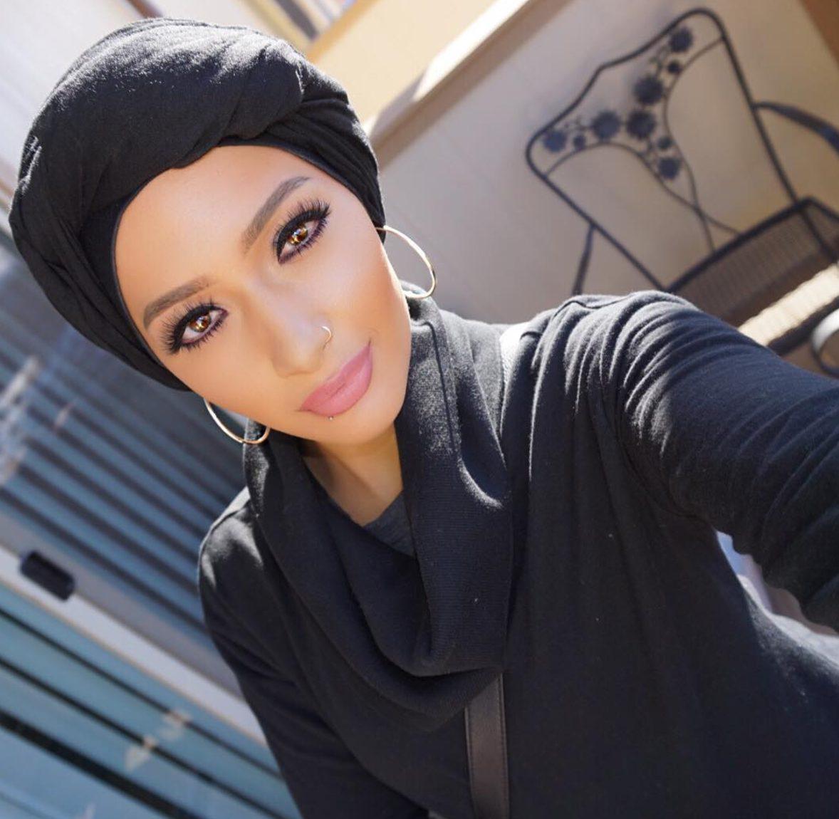 nura-afia-covergirl
