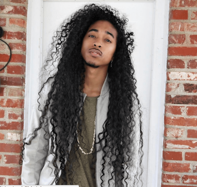 This Male Hair Vlogger Is Stopping Hearts All Up And Down Youtube