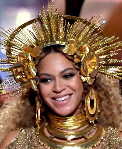 #Getthelook: Beyonce's Grammys Makeup Was Brought To You By Your Local Drugstore Cosmetics Isle