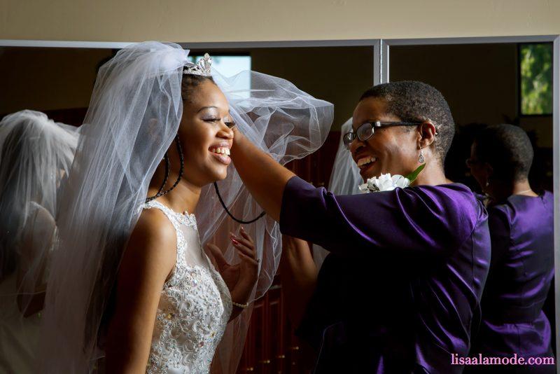 bride-kicks-dark-skin-friend-out-of-wedding2