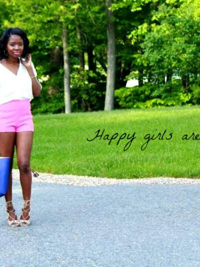 high-waist-pink-shorts-outfit