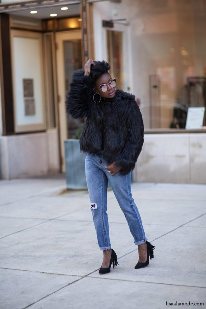 what-to-wear-black-fur-jacket-outfit1