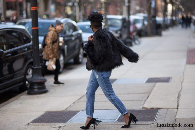 what-to-wear-black-fur-jacket-outfit4
