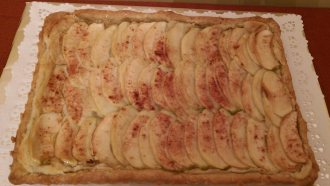 apple frangiapane tart