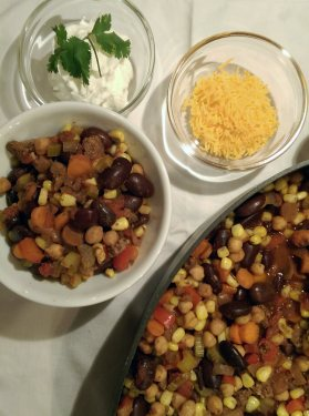chili con carne with vegetables