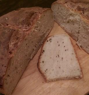Potato caraway bread