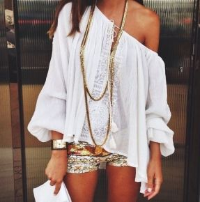 Gold Glitter BOHO Chic (photo from The GRPG.com)