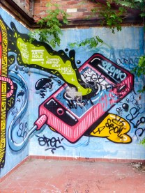 Street Art - Newcastle - October 2015 - In Alley Between Hunter and King - Unknown 3