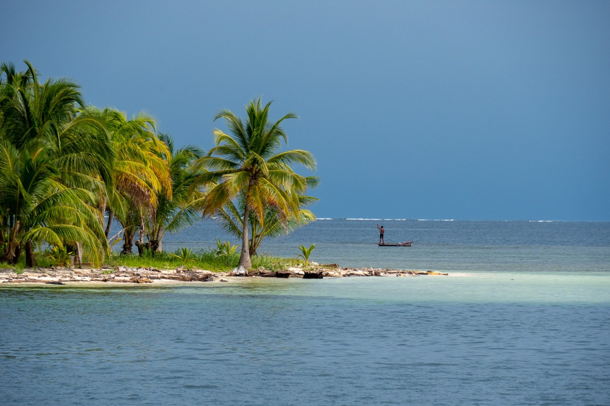 Sunday Evening: A Sail Through The San Blas