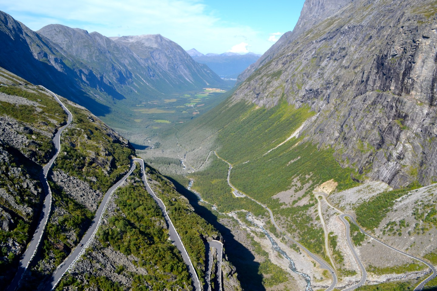 Lisa eats Norway – The hairy road to Geirangerfjord