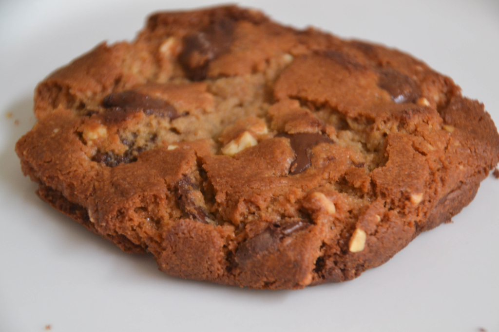 Cobb Lane - Peanut Butter and Chocolate Chip Cookie