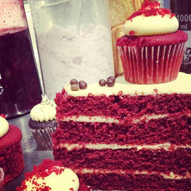 Red Velvet Cupcake - Little Cupcakes
