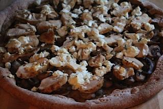Pizza au Champignon et Poulet