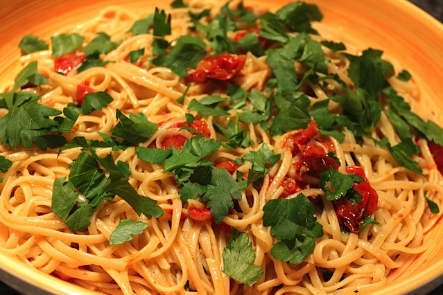 Pasta with Lemon, Garlic and Roasted Tomatoes