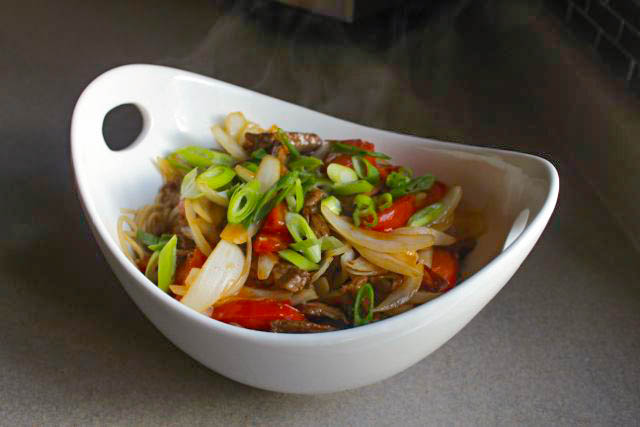 Cantonese Beef and Tomato Noodles