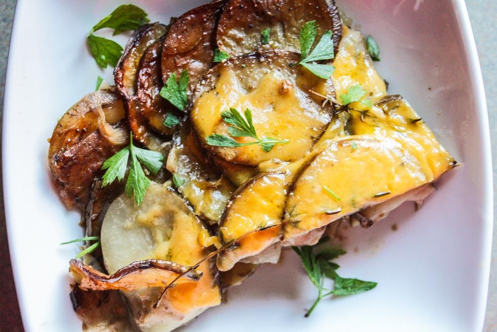 crockpot-scalloped-potatoes