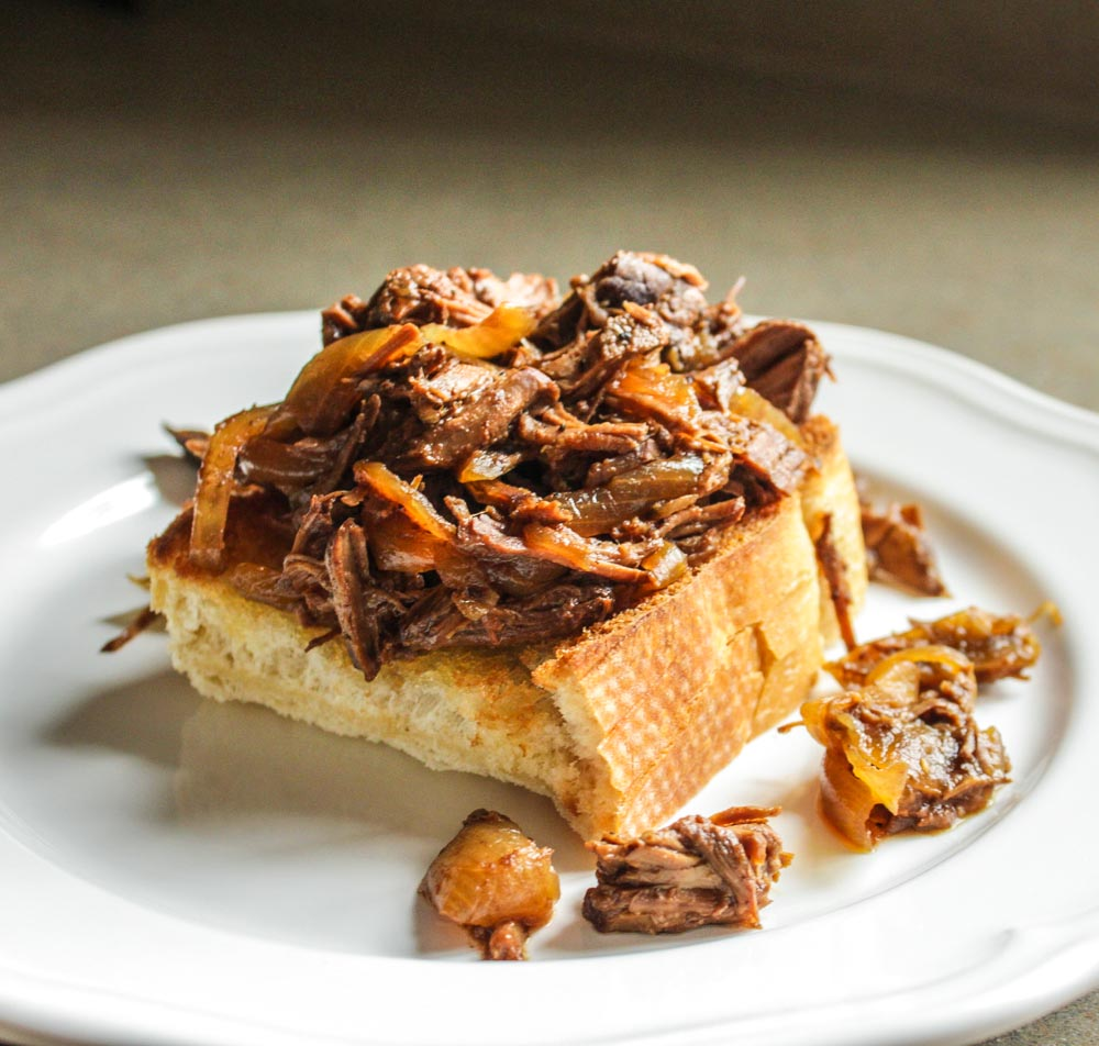pulled-beef-sandwiches_