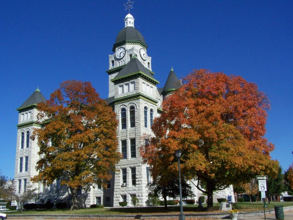 Courthouse with autumn trees