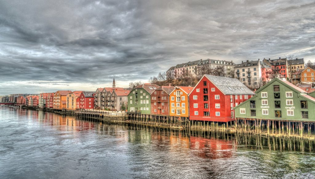 Learn about Scandinavian naming patterns in this introductory guide. Get started finding your Scandinavian ancestors. #genealogy #ancestors #Scandinavia