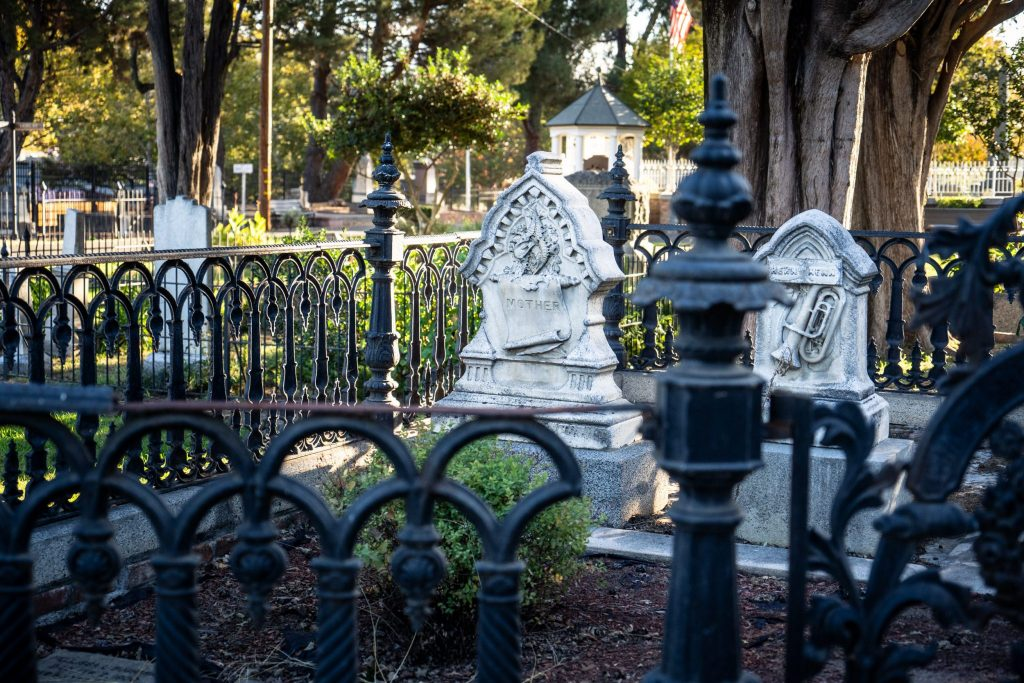 photographing cemeteries with white gravestones