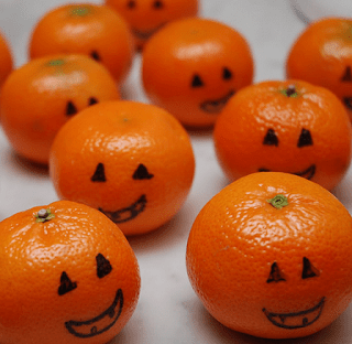 Clean Eating, Meal Planning, 21 Day Fix, Healthy Halloween Snacks, Healthy Halloween, Halloween Snacks, Halloween Party Ideas, Successfully Fit, Lisa Decker, Jack-o-Lantern tangerines