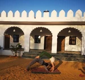 Acro Yoga Indien