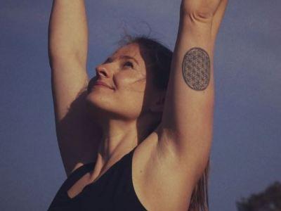 Selina Ammann Yogalehrerin Schwanger Rückbildung JA! Yoga Festival Zürich