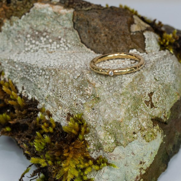 Dainty_Lichen_Engagement_Ring_Lisa_Rothwell_Young