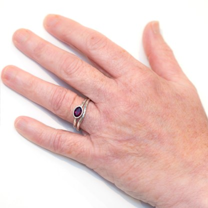 Vegan Wedding Ring - Shaped to Fit Hand View | Lisa Rothwell-Young