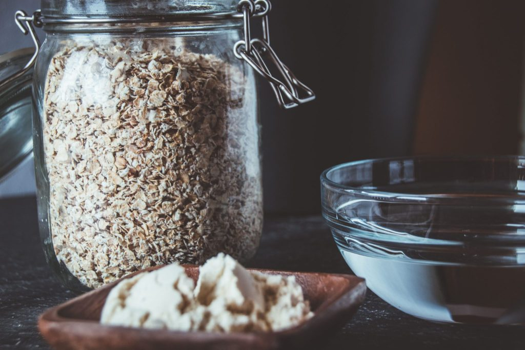 Proteinporridge Basisrezept Grundrezept - Haferbrei aus Haferflocken, Wasser und Proteinpulver. Perfekt zum Abnehmen und für Sportler.