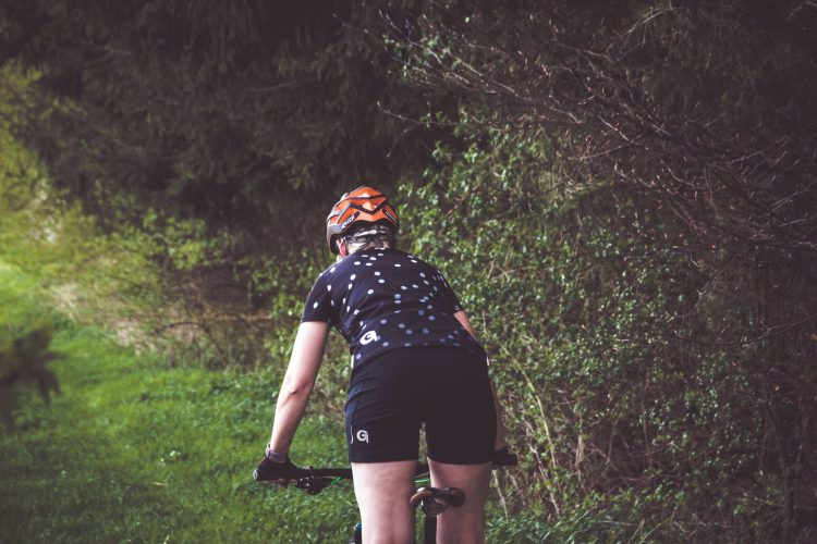 Die richtige Radhose für bequeme Radfahren finden mit Gonso.