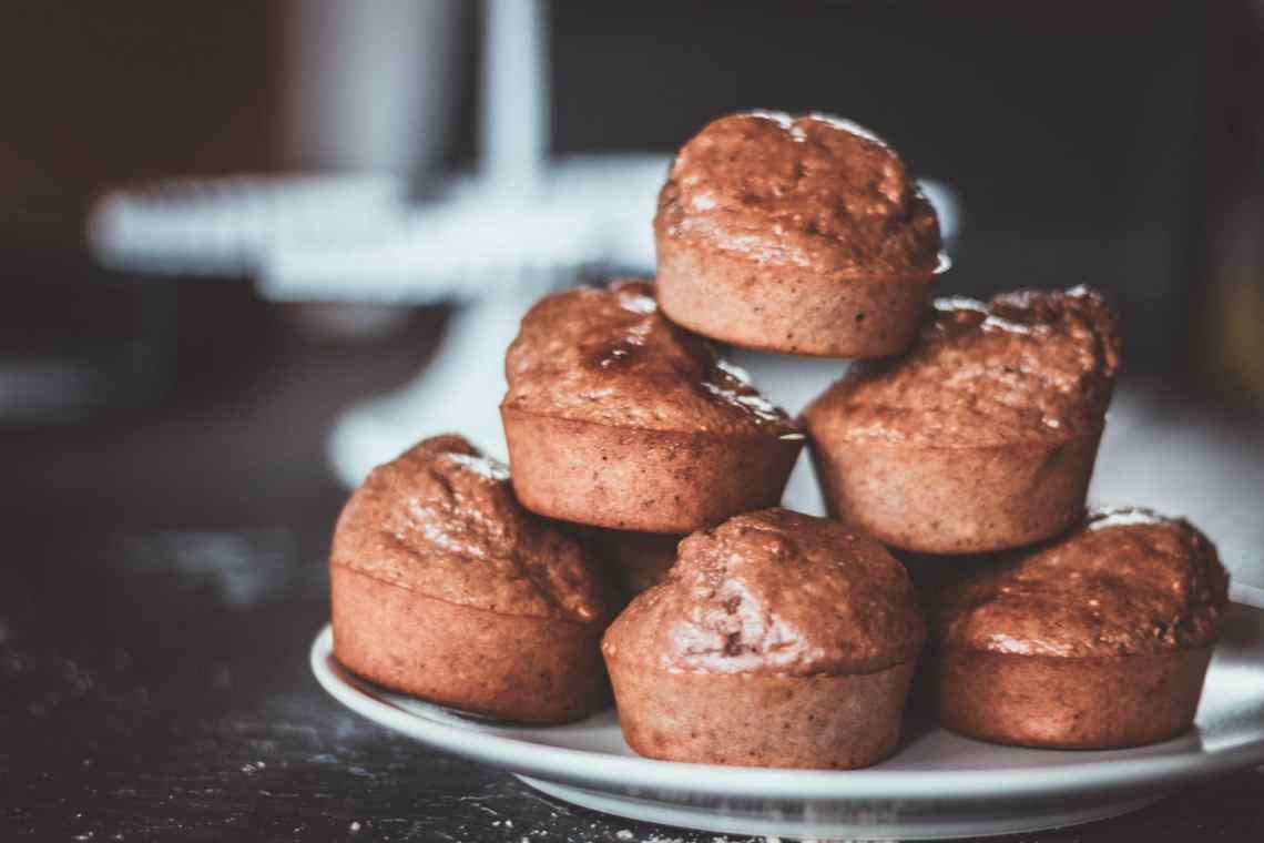 Gesunde Schoko-Bananen-Muffins ohne Zucker, Mehl und Butter - Fitness Rezept