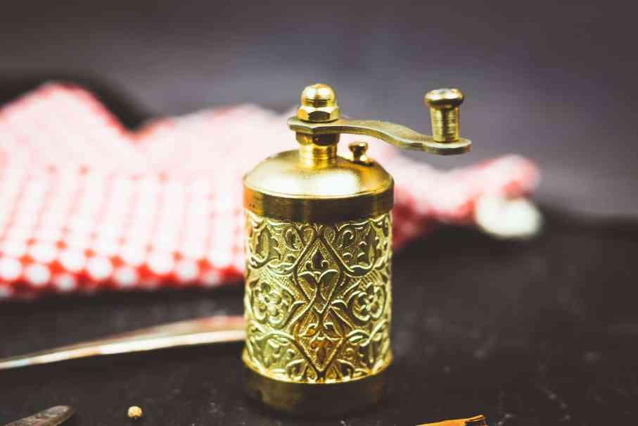 Gewürzmühle Gold - alles über Gewürze und würzen bei der gesunden Küche.