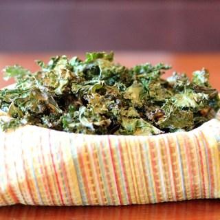 Baked Crispy Garlic Kale Chips