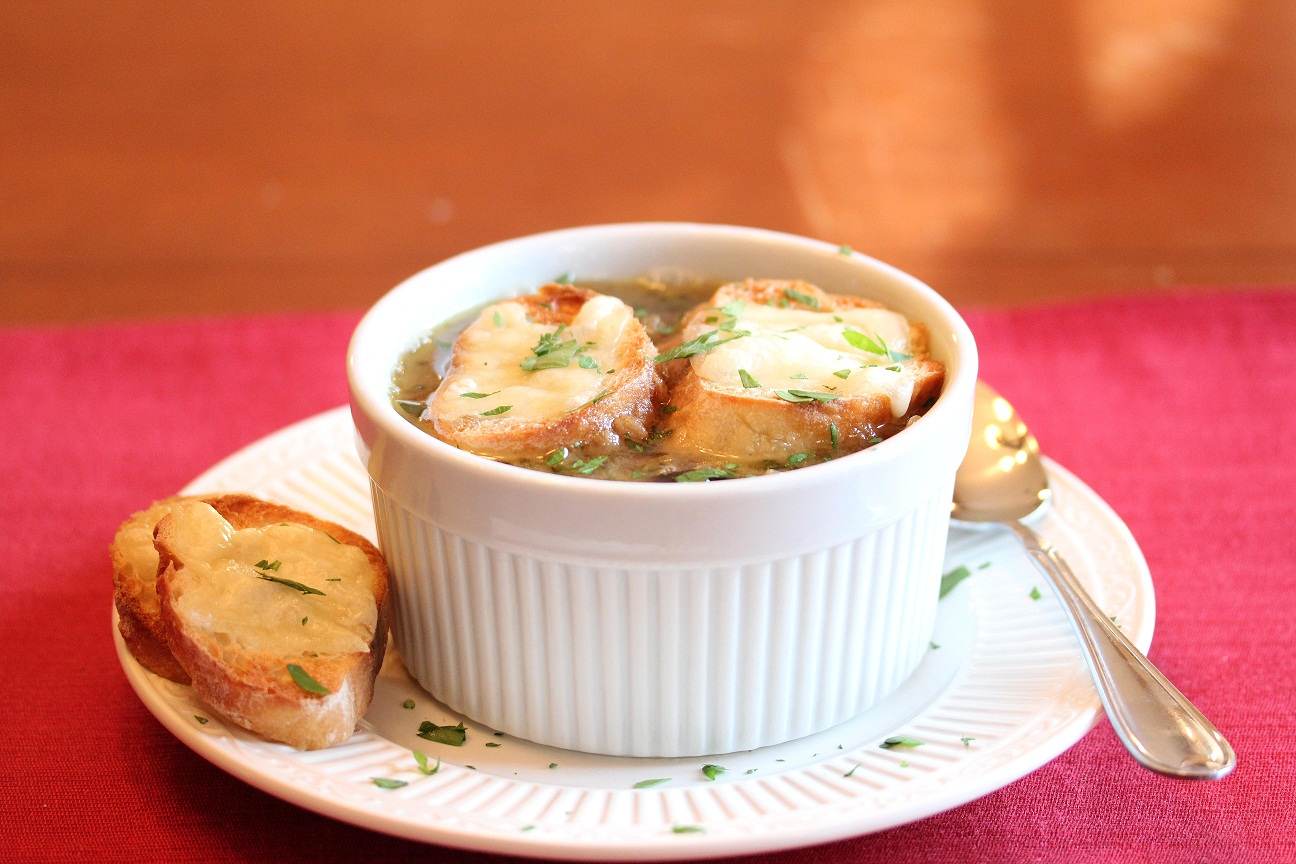 Worlds easiest french onion soup lisas dinnertime dish worlds easiest french onion soup sisterspd