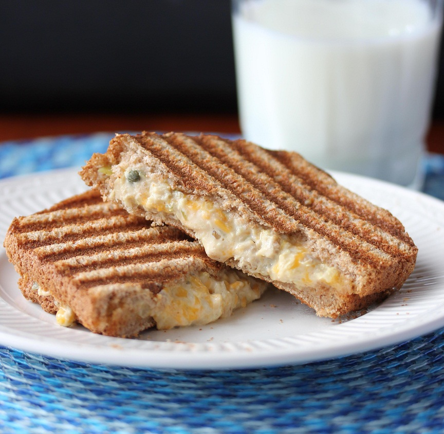 Tuna and Cheddar Panini Melt - Lisa's Dinnertime Dish for Great Recipes!