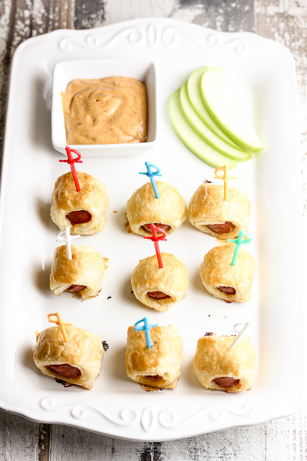 Klement's cheddar bratwurst combines with puff pastry along with an easy dipping sauce to create these scrumptious cheddar puff pastry bratwurst bites.