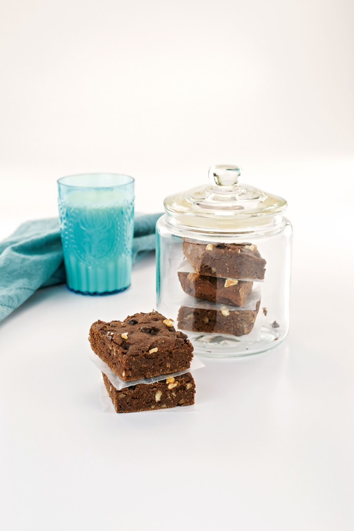 Surprise Walnut Brownies6 LR.jpg