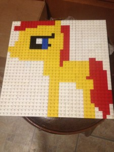 A flat Lego build of a Cutie Mark Crusader