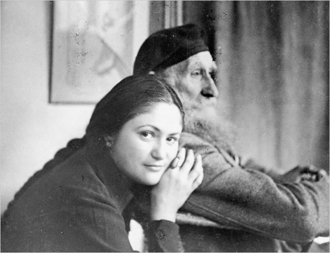 Dina Vierny in January 1944 with the sculptor Aristide Maillol.