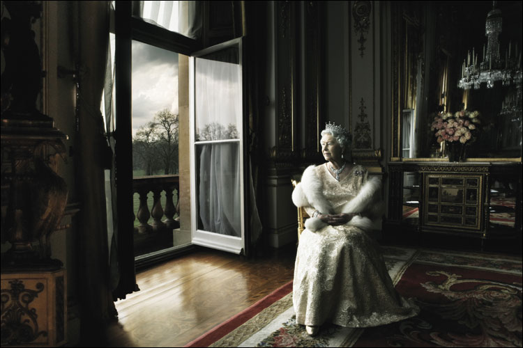 Queen Elizabeth II photographed by Annie Leibowitz, March 2007