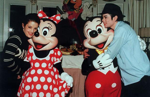 1994 Honeymoon photo of Michael Jackson and Lisa-Marie Presley at EuroDisney. They stayed in the Sleeping Beauty Suite.