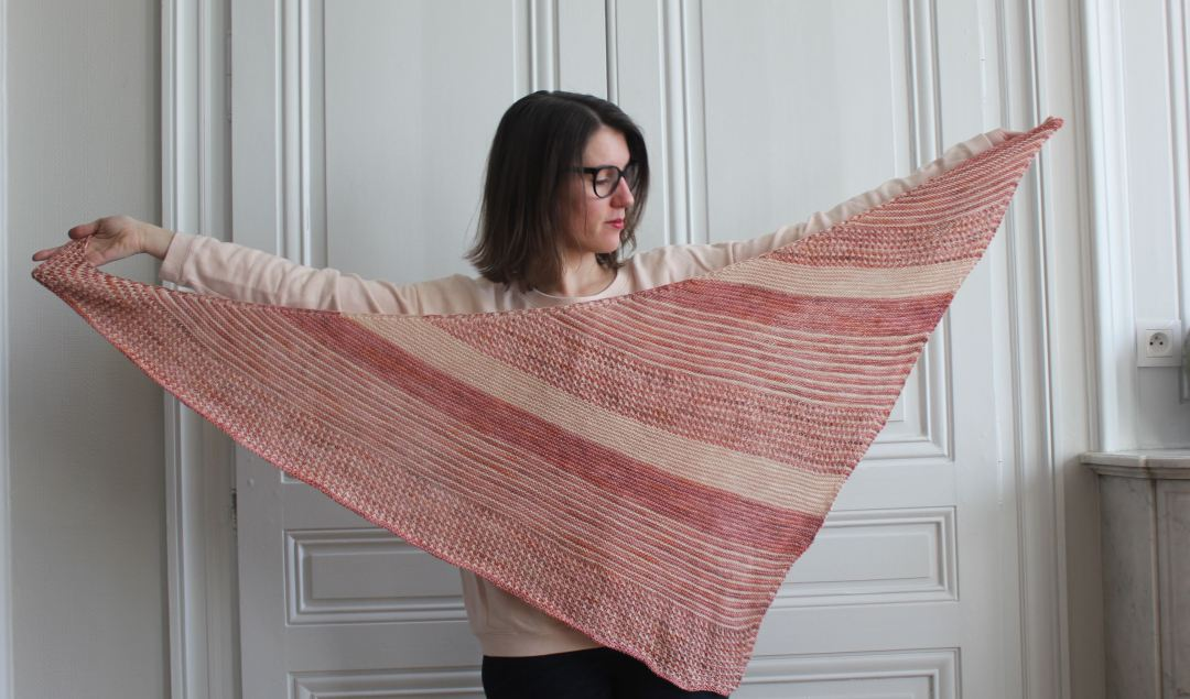 Golden child shawl - Made by Lise Tailor