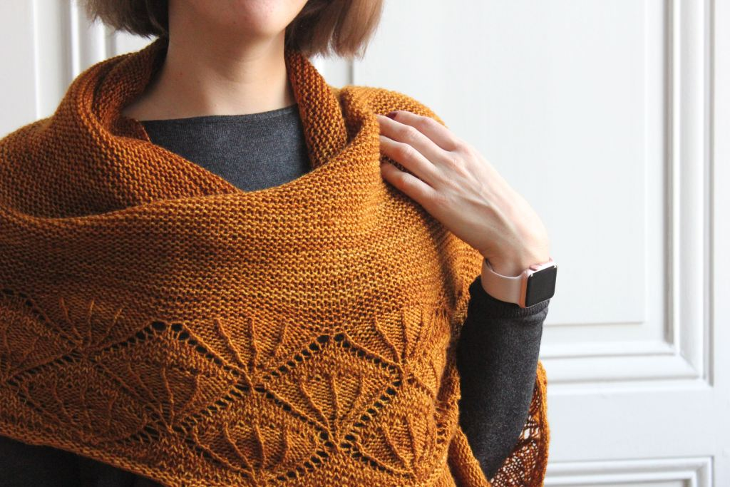 Caress my soul shawl - Mélanie Berg